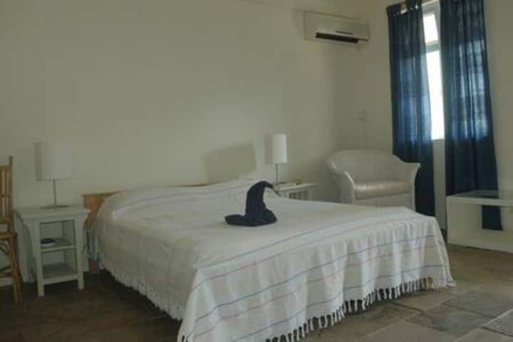 1 bedroom in a fully furnished bungalow