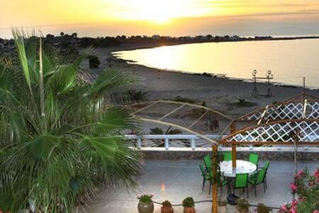 Sandy villa - Stavros - Villa