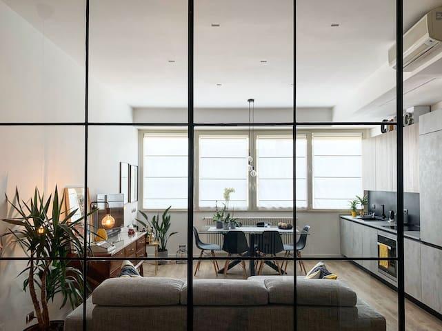 Industrial Loft Apartament in Rome