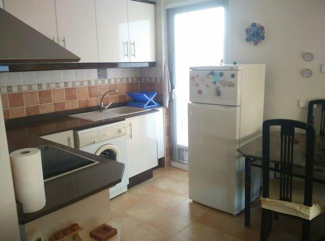 Apartamento nuevo y acogedor. - Turís - Apartment