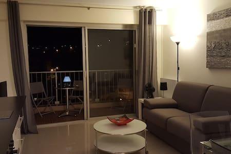 Très beau studio à Cavalaire sur Mer - Cavalaire-sur-Mer - Appartement