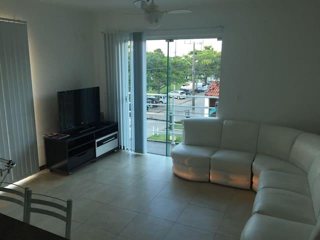VJS20 - Apartamento 80m da praia! Até 6 pessoas - Florianópolis - Departamento