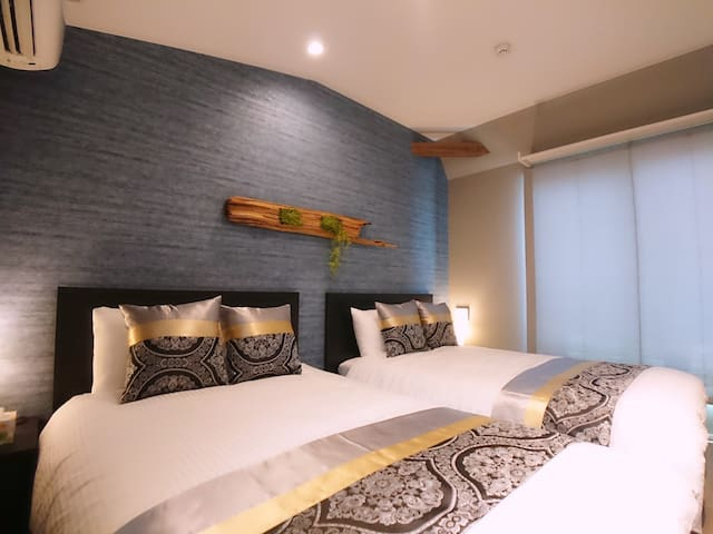 3F Bedroom with 2 Semi-double beds