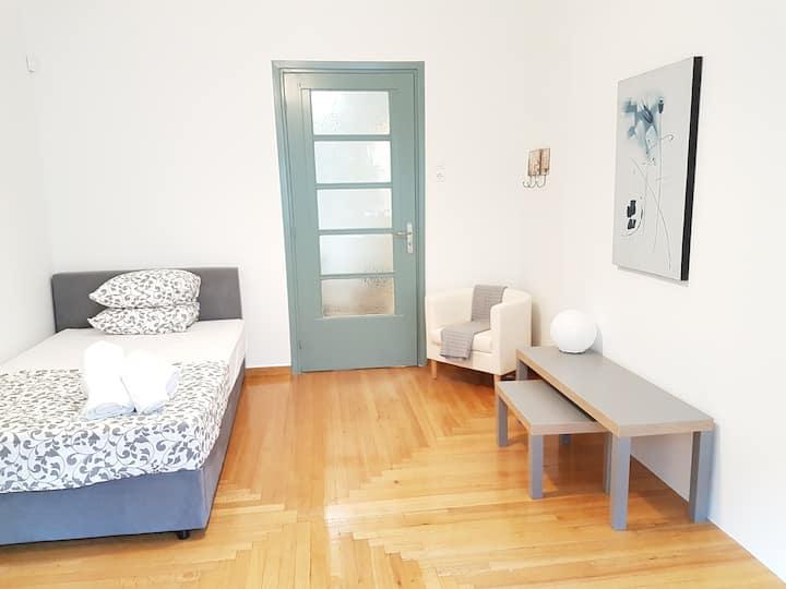 Nimbus room 2