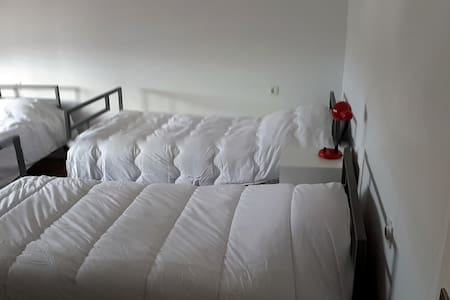 Hostel Edelweiss - Bed Booking