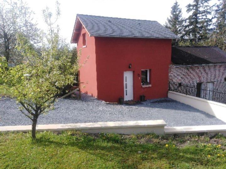 Maison rénovée avec jardin privatif pour 4 pers