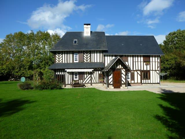 Maison Normande de 200 m² très calme,  classée 4 * - Le Torquesne