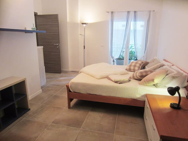 New Appartment 2 Minutes Walking from Garda Lake