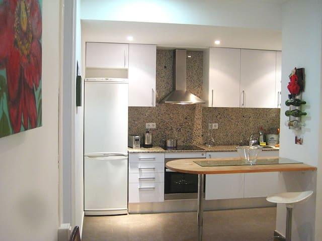 Comfortably spacious in Gracia area - Barcelona - Pis