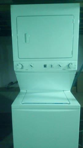 Basment Washer & Dryer