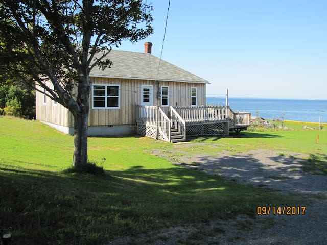 Shore to Sea Cottage