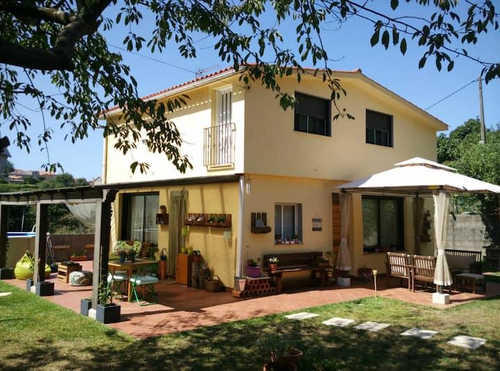 La Casa de Boreiros: Cerca Playa Ladeira -Baiona