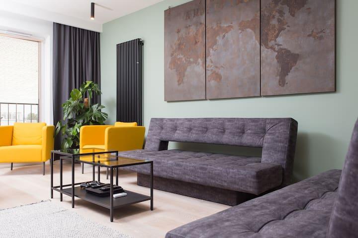 City of the Kings-Bijou Apartment