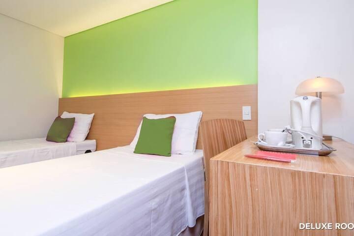 De Luxe Room MySpace Hotel Free Parking Breakfast