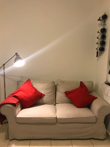Spacious furnished studio in a lively neighborhood