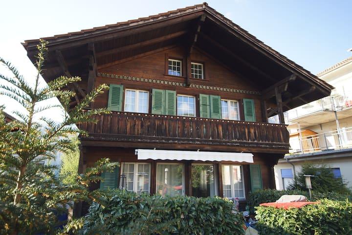 Bijou im Zentrum von Interlaken - Interlaken - Dům