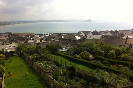 Loft with amazing sea views - Penzance