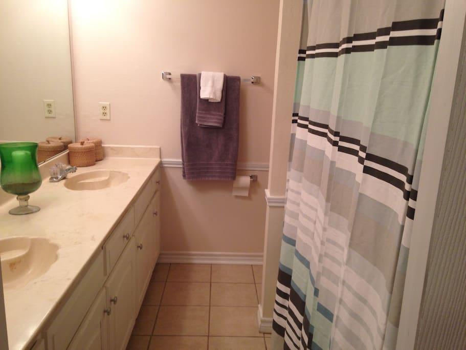 Master Bathroom, two sinks, shower & Bathtub