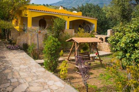Villa Maria Triopetra