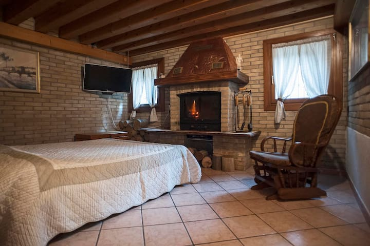 "Holiday home ""Casetta dell'artigiano"", in Murano - Venezia - House"