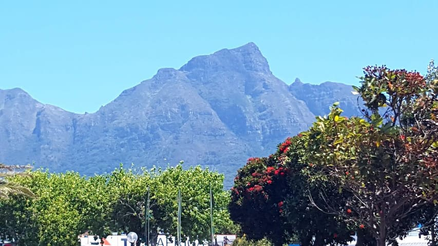 27 on The View-Cape Town Self Cater Accommodation
