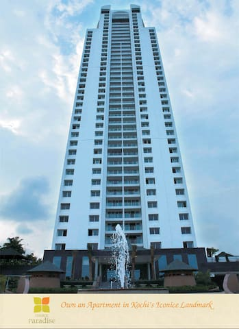 Modern Luxury Apt. in tallest tower in S.India - Ernakulam - Appartement