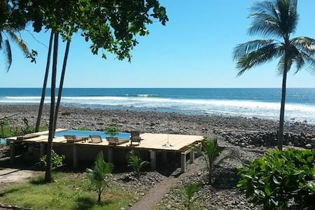 Beach Front El Sunzal Point Break - Szoba reggelivel