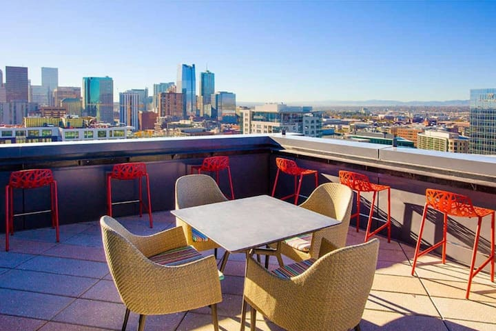 Luxury Downtown Apartment | LODO Union Station