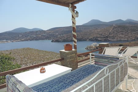 House with Sea View on the Beach Fasolou in Sifnos - Faros