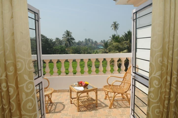 Luxurious 3 bedroom beachfront Villa with pool