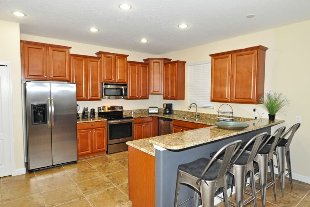 Dining Table,Furniture,Table,Indoors,Kitchen
