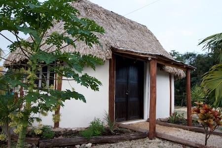 Mayan house in Mahahual - Mahahual - Casa