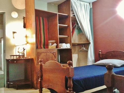 Casa GD, Tradicional 1. Cerca Palacio y Malverde.