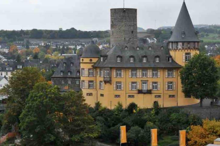 Nette Ferienwohnung in Mayen (Eifel)