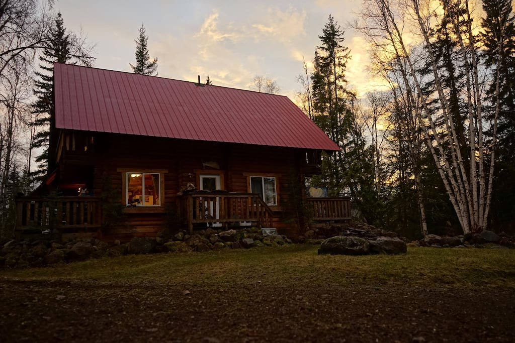 Bed And Breakfast Wells Gray Park : Chuck and donna s log cabin in wells gray park chalets