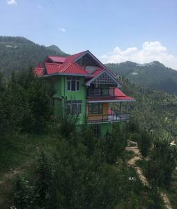 Pear Blossoms Home Stay Theog Shimla