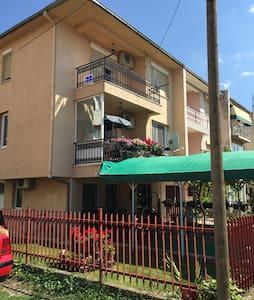 Ohrid ,  2 minute walk to ohridlake - Apartment