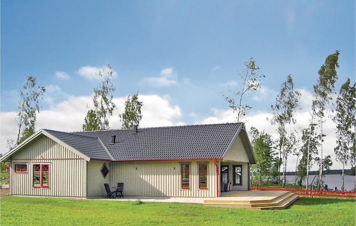 Beautiful home in Vittaryd with Sauna and 4 Bedrooms