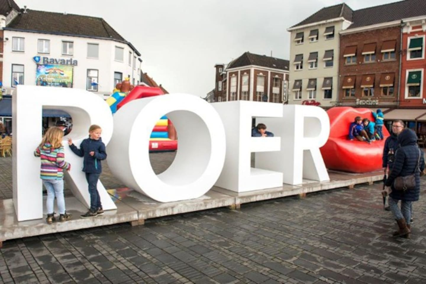 This is located in the centre of Roermond. In front of the Roermond Train station.