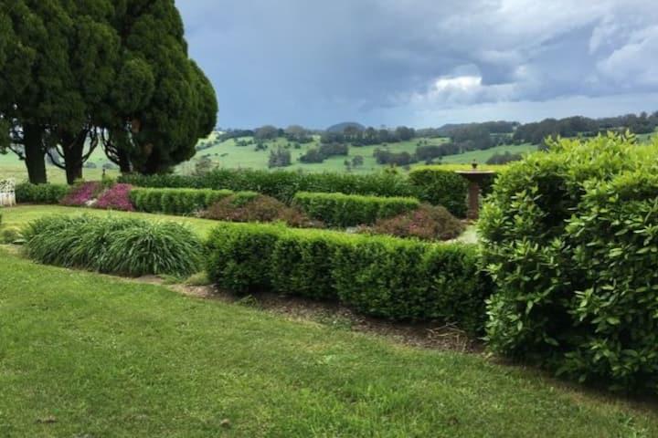 Laurel View Farm-stay