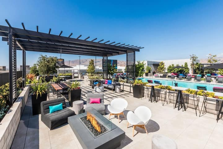 TRIBE ❤️ Deep Cleaned 🧽 1BR @ Great Mall Milpitas
