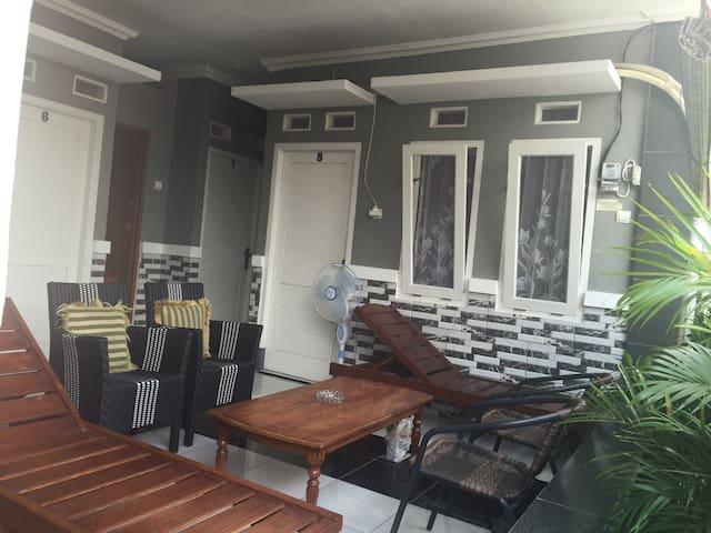 Nina House-Kebon Sirih, Jaksa.Room6