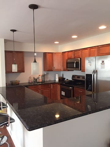 Clean and Cozy Apartment with Parking - Philadelphia - Pis