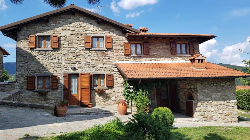 Sala Vecchia-Lovely Holiday House Badia Prataglia