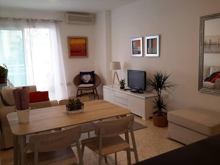 Céntrico  apartamento cerca de la playa