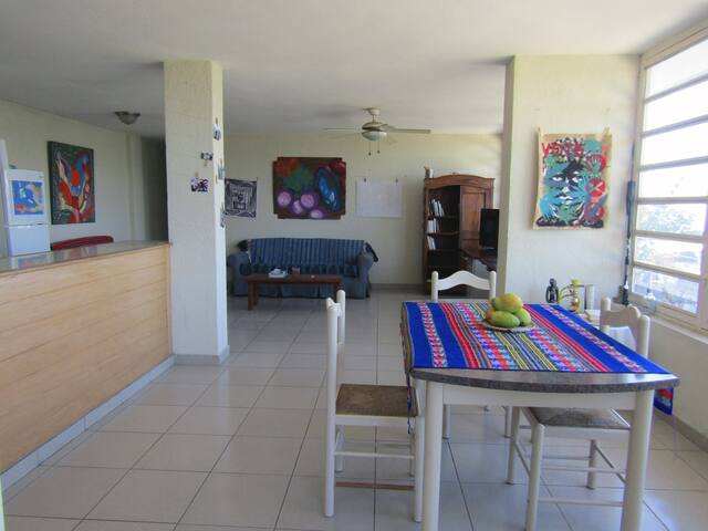 Modern bright bedroom in Pétion Ville - Port-au-Prince