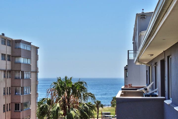 Franky's Apartment, Sea Point - Cape Town