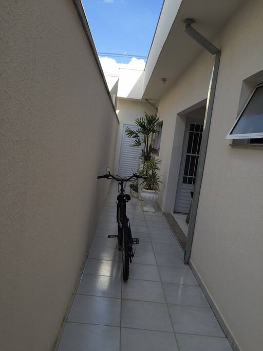 corredor (bicicletas disponiveis)