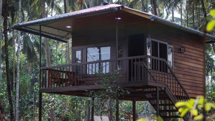 TripThrill DJ River Meadows Wooden Cottage
