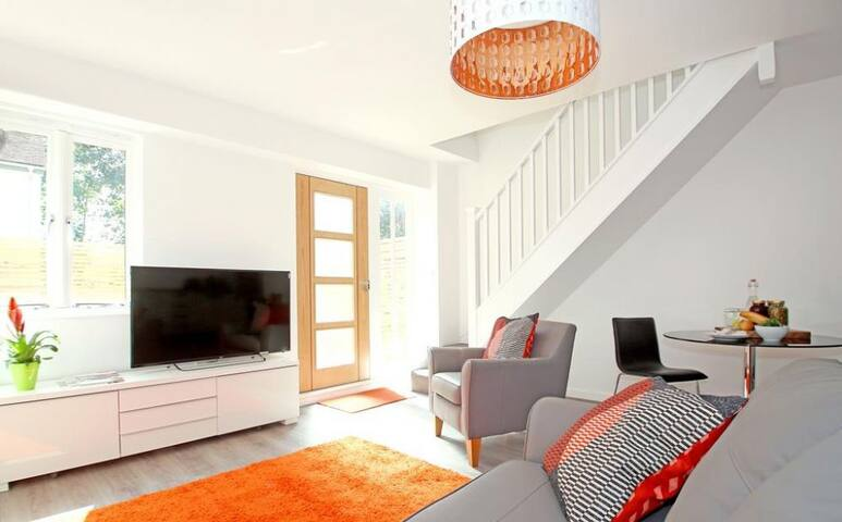 Braeburn, A smart 2 storey semi in Winchester - Winchester - Appartement